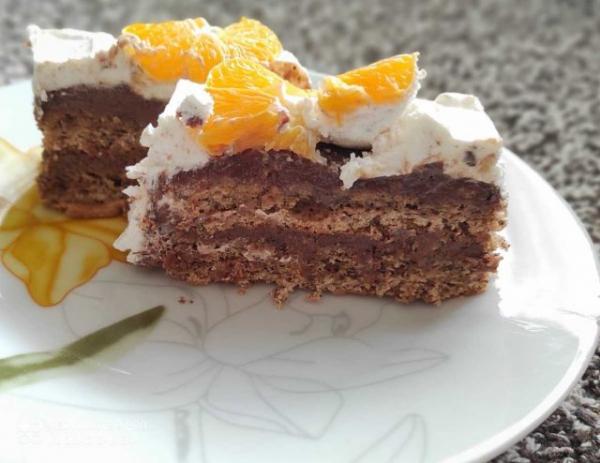 Janoš torta: Mekani biskvit sa filom od čokolade i oraha