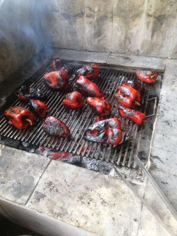 Ajvar: Paprika sa roštilja ili iz rerne?