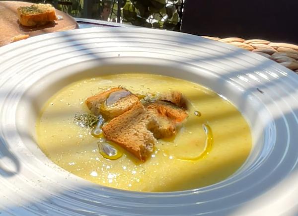 KREM ČORBA SA TIKVICAMA: Osvežavajuće letnje jelo (VIDEO)