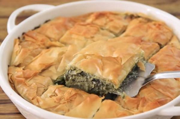 POSNA PITA SA SPANAĆEM NA VODI: Obrok koji ćete voleti i kada se ne posti